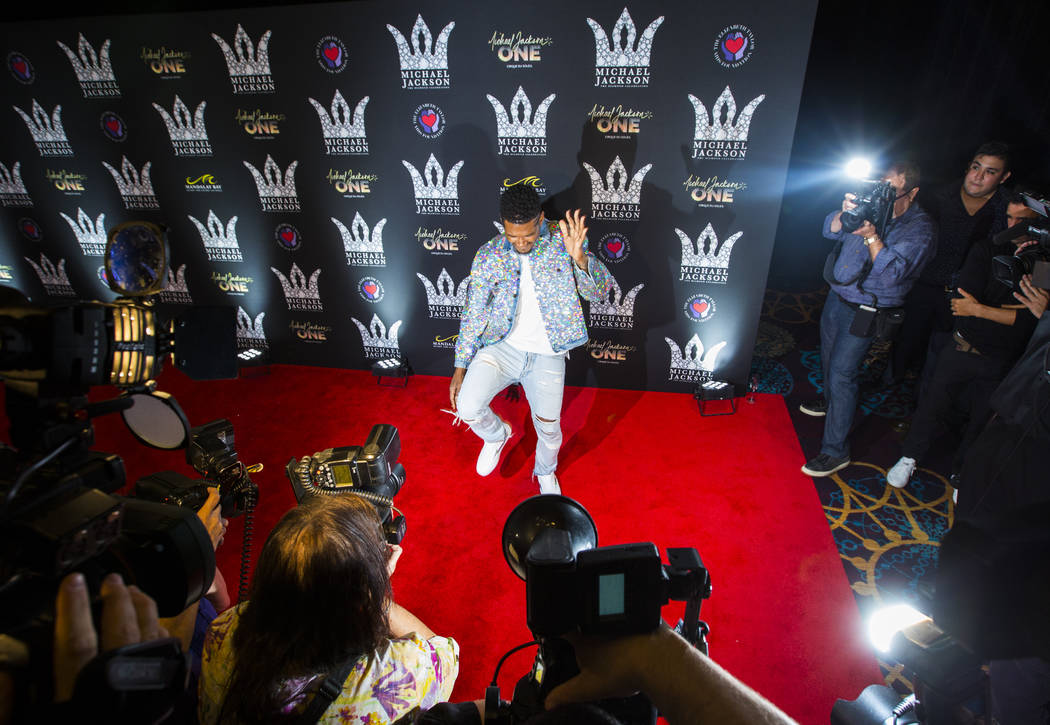 Usher poses on the red carpet ahead of the Michael Jackson 60th birthday celebration at Manalay Bay in Las Vegas on Wednesday, Aug. 29, 2018. Chase Stevens Las Vegas Review-Journal @csstevensphoto