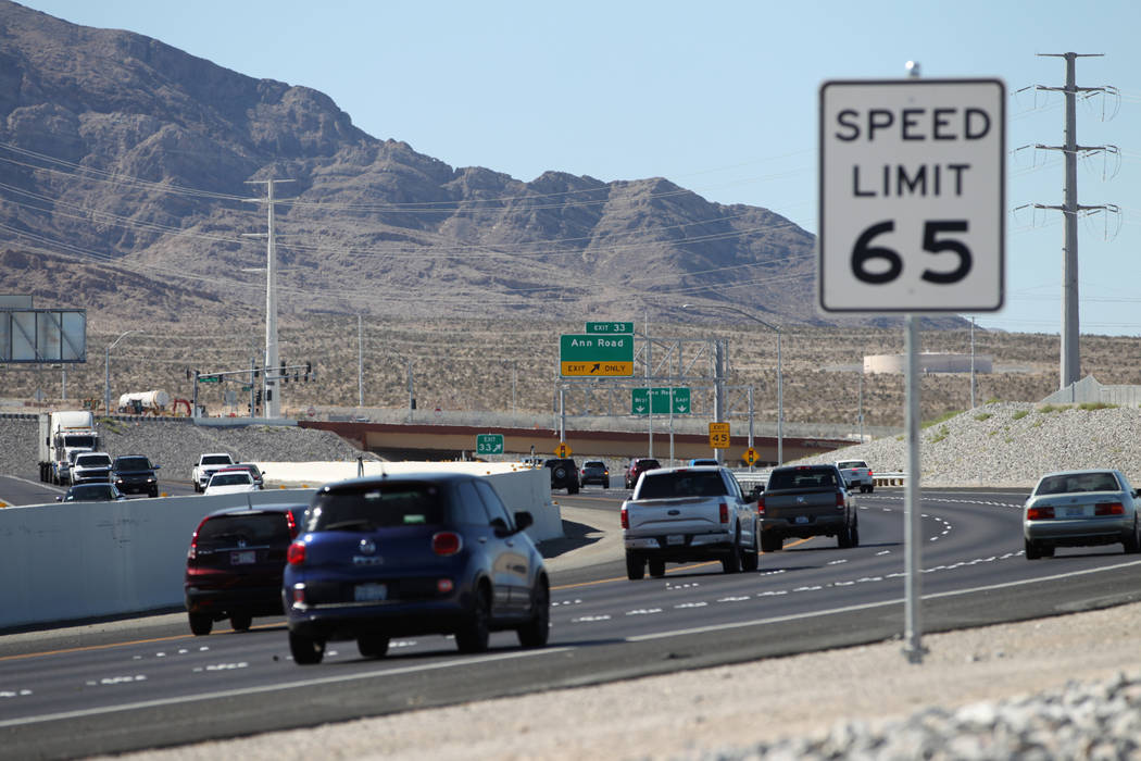 Drivers drive north of the 215 Beltway near Lone Mountain Road in Las Vegas, Friday, Aug. 31, 2018. Clark County increased the speed limit from 45 mph to 65 mph on the beltway between Craig Road a ...