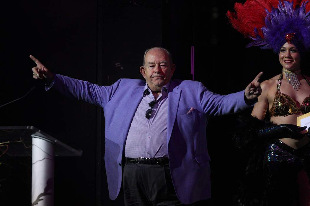Robin Leach presents an award during the 2016 Best of Las Vegas Awards at The Venetian on Saturday, Nov. 5, 2016, in Las Vegas. (Erik Verduzco/Las Vegas Review-Journal)