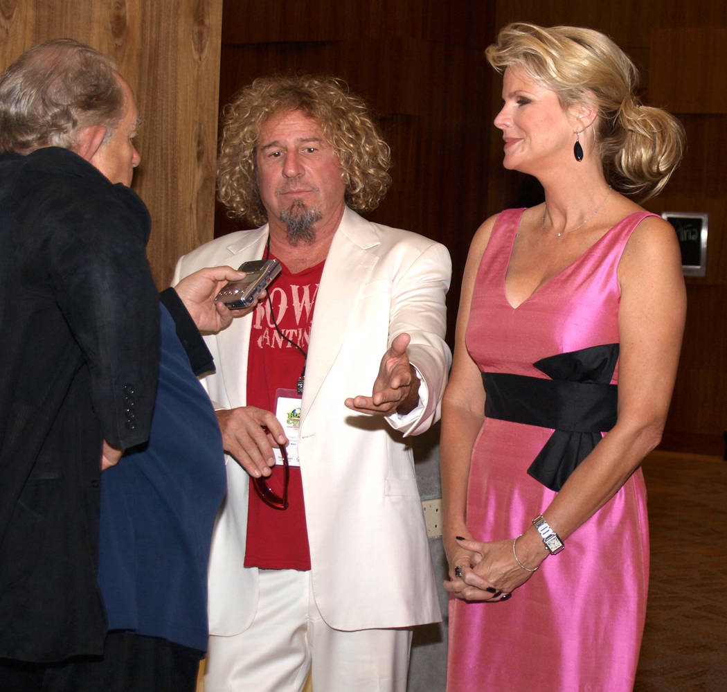 Robin Leach, left, with Sammy Hagar and Cari Hagar (Las Vegas Review-Journal)