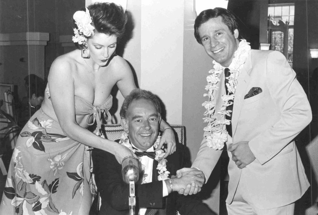 Ilene Murphy, Robin Leach & Don Ushers at the Tropicana in 1986. (File Photo)
