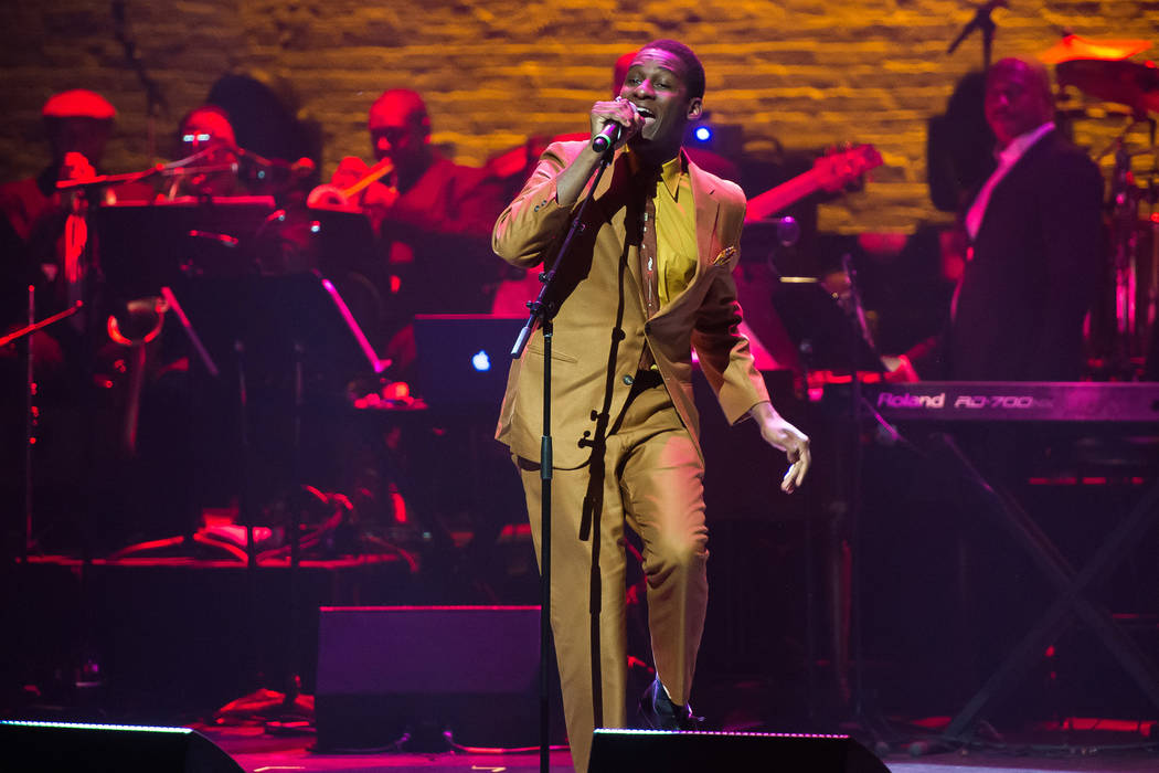 Leon Bridges performs at the 2016 Apollo Theater Spring Gala on Monday, June 13, 2016, in New York. (Photo by Charles Sykes/Invision/AP)
