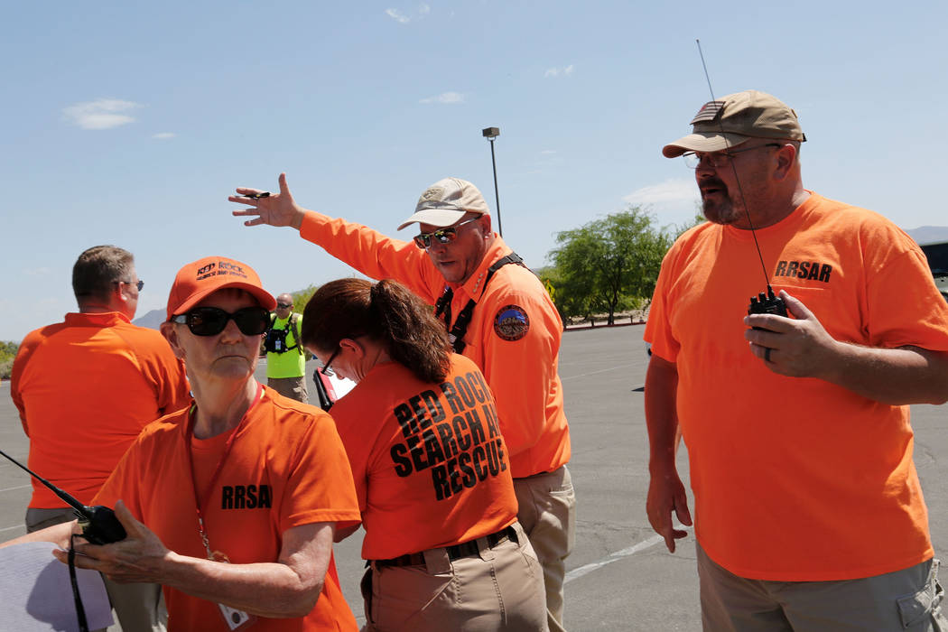 Red Rock Search and Rescue help with the search for Daniel Theriot, 3, who went missing in Sunset Park in southeast Las Vegas about 9 a.m. Sunday, Aug. 2, 2018. (Chitose Suzuki/Las Vegas Review-Jo ...