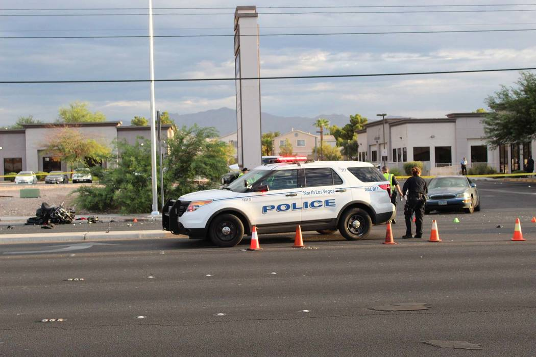 North Las Vegas police investigate a fatal crash on Cheyenne Avenue at Allen Lane, Tuesday, Sept. 4, 2018. (Max Michor/Las Vegas Review-Journal)
