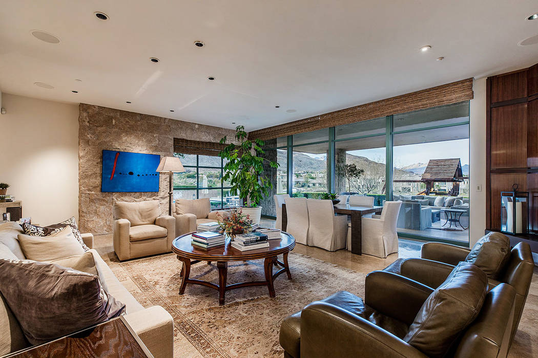 The great room opens to the backyard patio. (Ivan Sher Group)