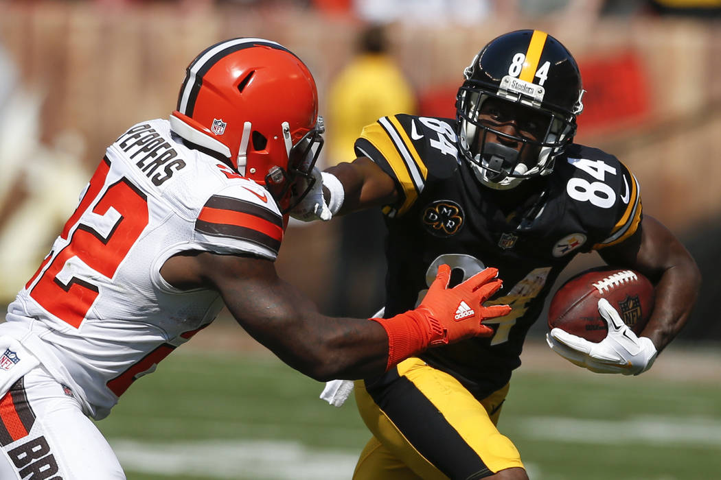 Pittsburgh Steelers wide receiver Antonio Brown (84) plays against the Cleveland Browns defensive back Jabrill Peppers (22) during the second half of an NFL football game, Sunday, Sept. 10, 2017, ...