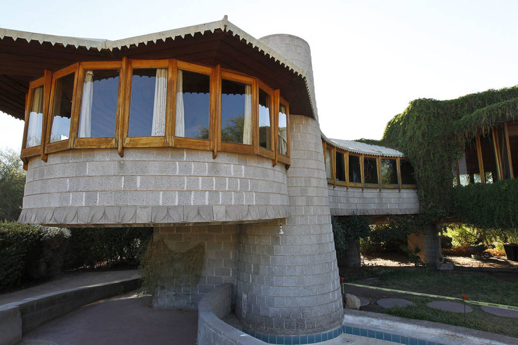 Frank lloyd wright designed home in phoenix on sale for - Frank lloyd wright structures ...