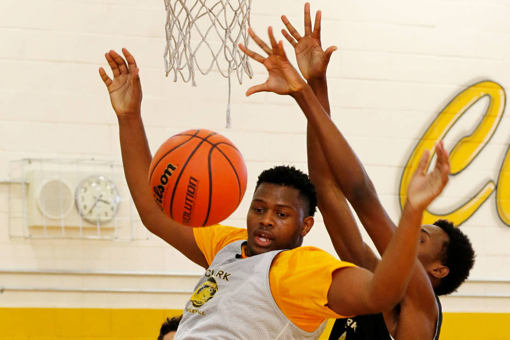 Clark forward-center Antwon Jackson, left, and his teammate Iverson Smith, during a practice at Clark High School in Las Vegas, Tuesday, Sept. 11, 2018. Chitose Suzuki Las Vegas Review-Journal @ch ...