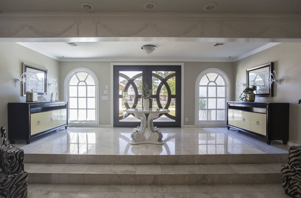 The entry way in the recently renovated home of the late casino heir Ted Binion on Monday, Sept. 10, 2018, in Las Vegas. Benjamin Hager Las Vegas Review-Journal @benjaminhphoto