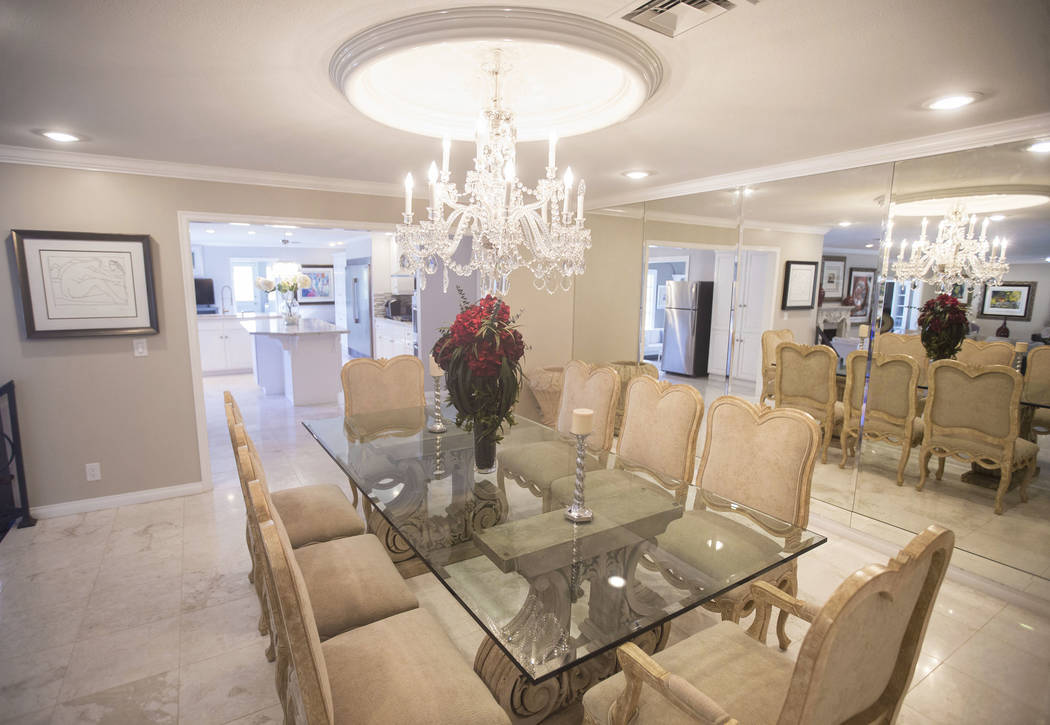 The dinning room in the recently renovated home of the late casino heir Ted Binion on Monday, Sept. 10, 2018, in Las Vegas. Benjamin Hager Las Vegas Review-Journal @benjaminhphoto