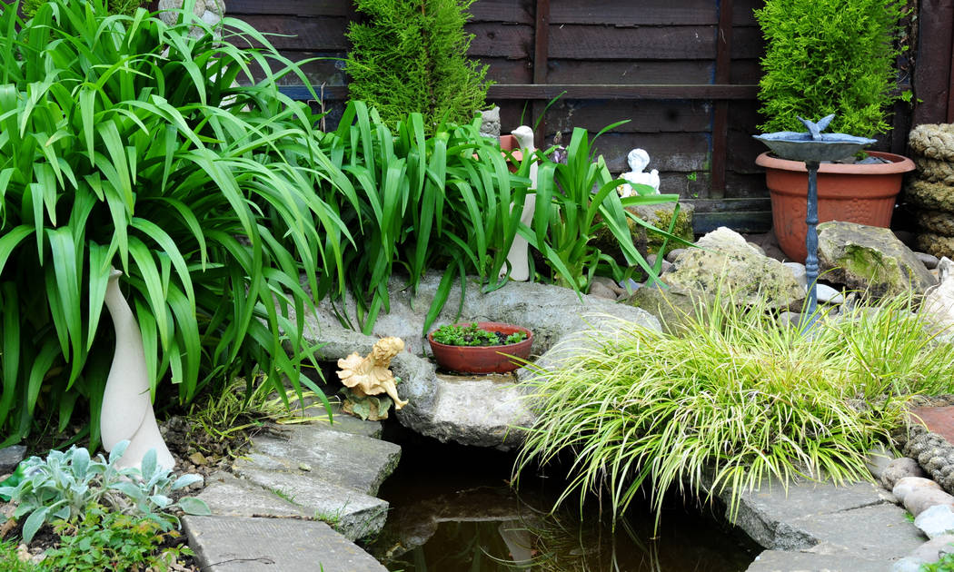The peaceful nature of water enhances the serenity of a Zen garden. (Thinkstock)