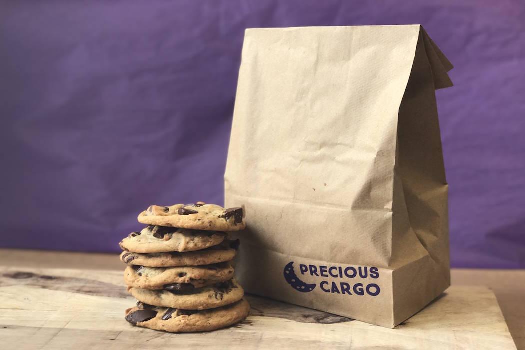 (Insomnia Cookies)