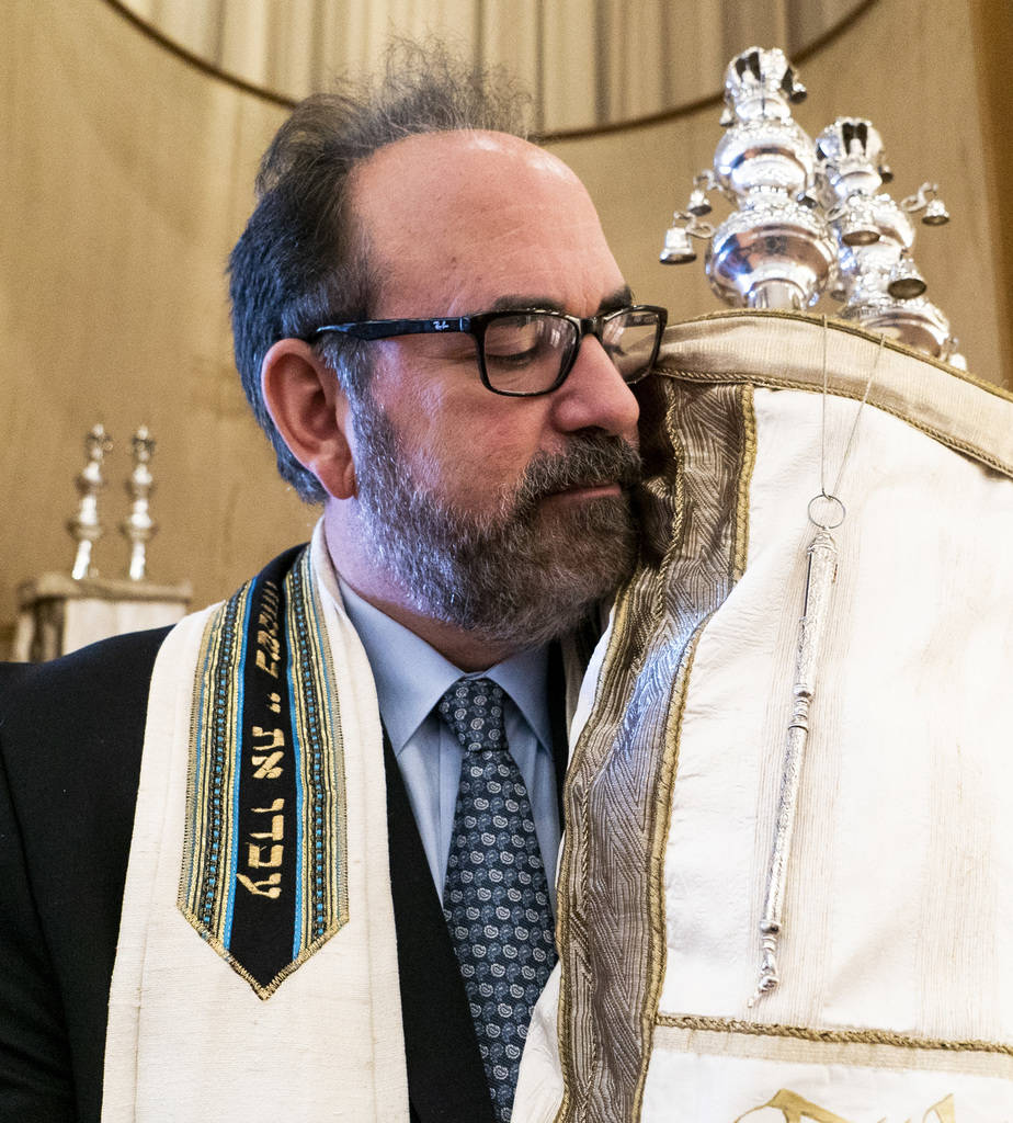 Rabbi Sanford Akselrad poses for a photograph at Congregation Ner Tamid in Las Vegas, Wednesday, Sept. 12, 2018. Akselrad has been a rabbi with the congregation for 30 years. (Marcus Villagran/Las ...