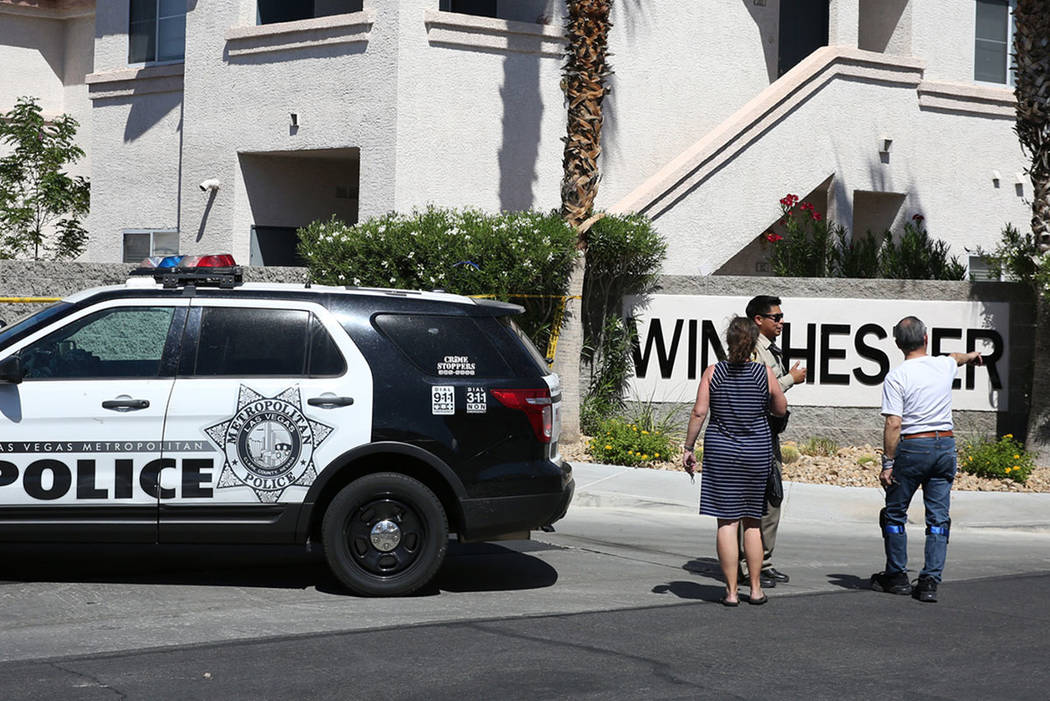 Las Vegas police investigate three deaths at Winchester apartment complex at the 2100 block Echo Bay St. on Monday, Sept. 10, 2018, in Las Vegas. (Bizuayehu Tesfaye/Las Vegas Review-Journal) @bizu ...