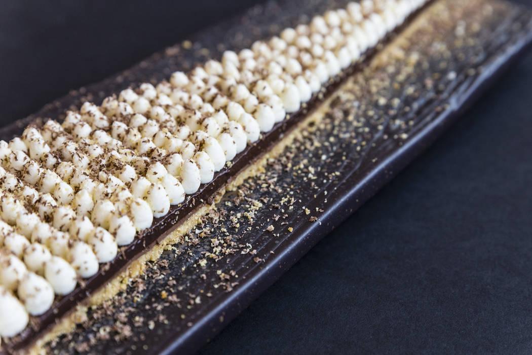 Chocolate peanut butter cream pie (Scotch 80 Prime)