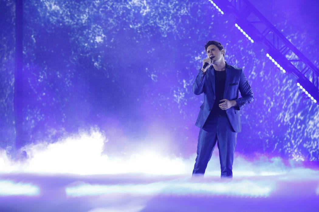 "Daniel Emmett performs in the semi-finals of ""America's Got Talent."" (Trae Patton/NBC)"