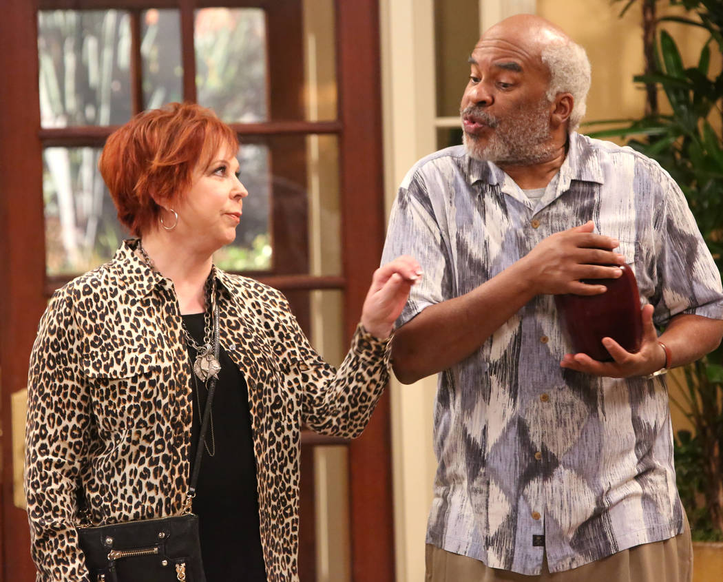 THE COOL KIDS: L-R: Vicki Lawrence and David Alan Grier in THE COOL KIDS premiering Friday Sept. 28 (8:30-9:00 PM ET/PT) on FOX. ©2018 Fox Broadcasting Co. Cr: Patrick McElhenney/FOX