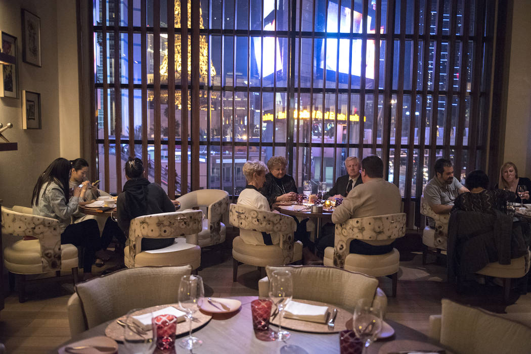 Customers dine inside Giada De Laurentiis Las Vegas restaurant GIADA inside the Cromwell hotel-casino on Wednesday Nov. 26, 2014. (Martin S. Fuentes/Las Vegas Review-Journal)