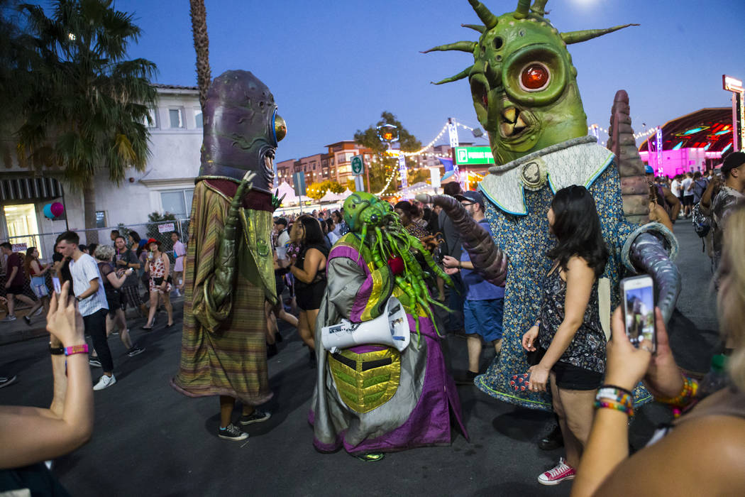Life Is Beautiful Gets Started In Downtown Las Vegas Photos Las