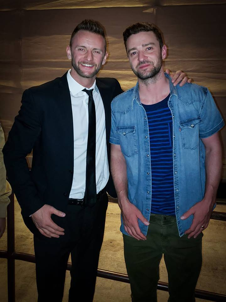 "Misha Furmanczyk (left) and pop superstar Justin Timberlake are shown backstage at ""Absinthe"" at Caesars Place on Sunday, Sept. 23, 2018. (Misha Furmanczyk)"