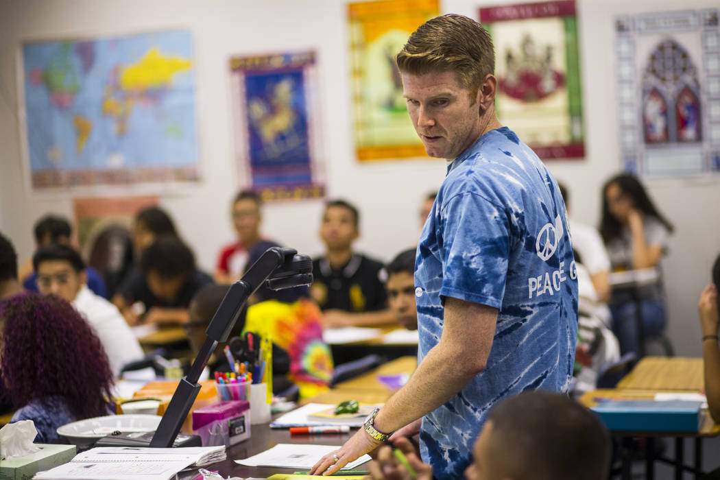Michael Bucher leads a math class at Spring Valley High School in Las Vegas on Wednesday, Aug. 22, 2018. Chase Stevens Las Vegas Review-Journal @csstevensphoto