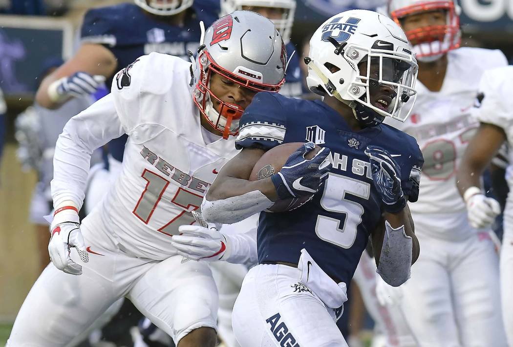 unlv not competitive in 59 28 loss at utah state las vegas review