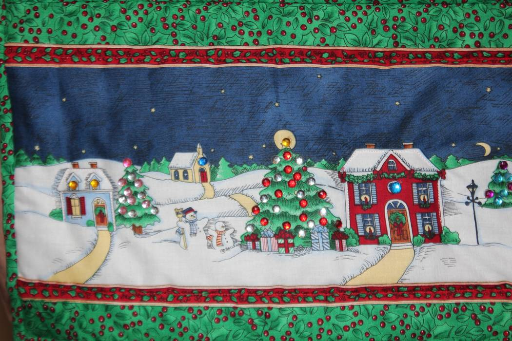 Holiday wall hanging at Green Valley Presbyterian Church's annual Gingerbread Fair and Pantry. (Lynn Small)