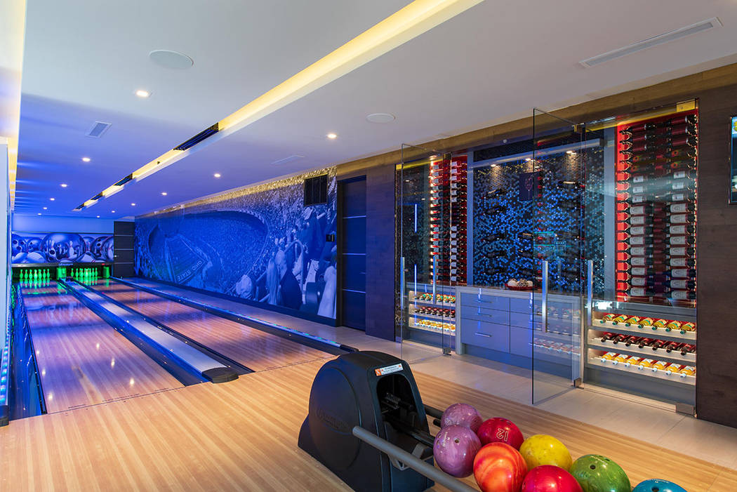 The bowling alley. (Simply Vegas)