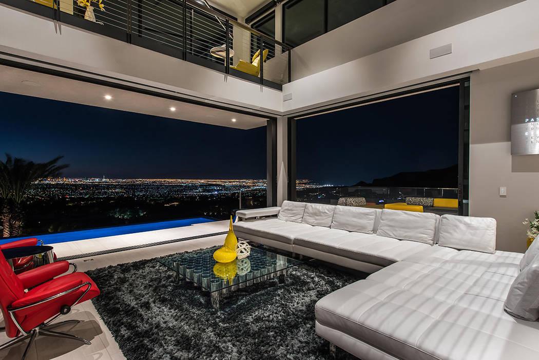 The great room has views of the Las Vegas Strip. (Simply Vegas)