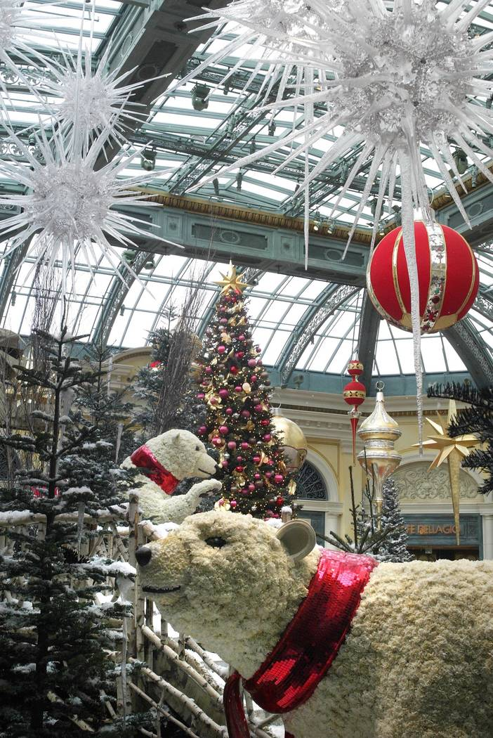 Living; Christmas decorations inside the Bellagio conservatory, Wednesday morning, December 8, 2004. Review-Journal Photo by Clint Karlsen CLINT KARLSEN