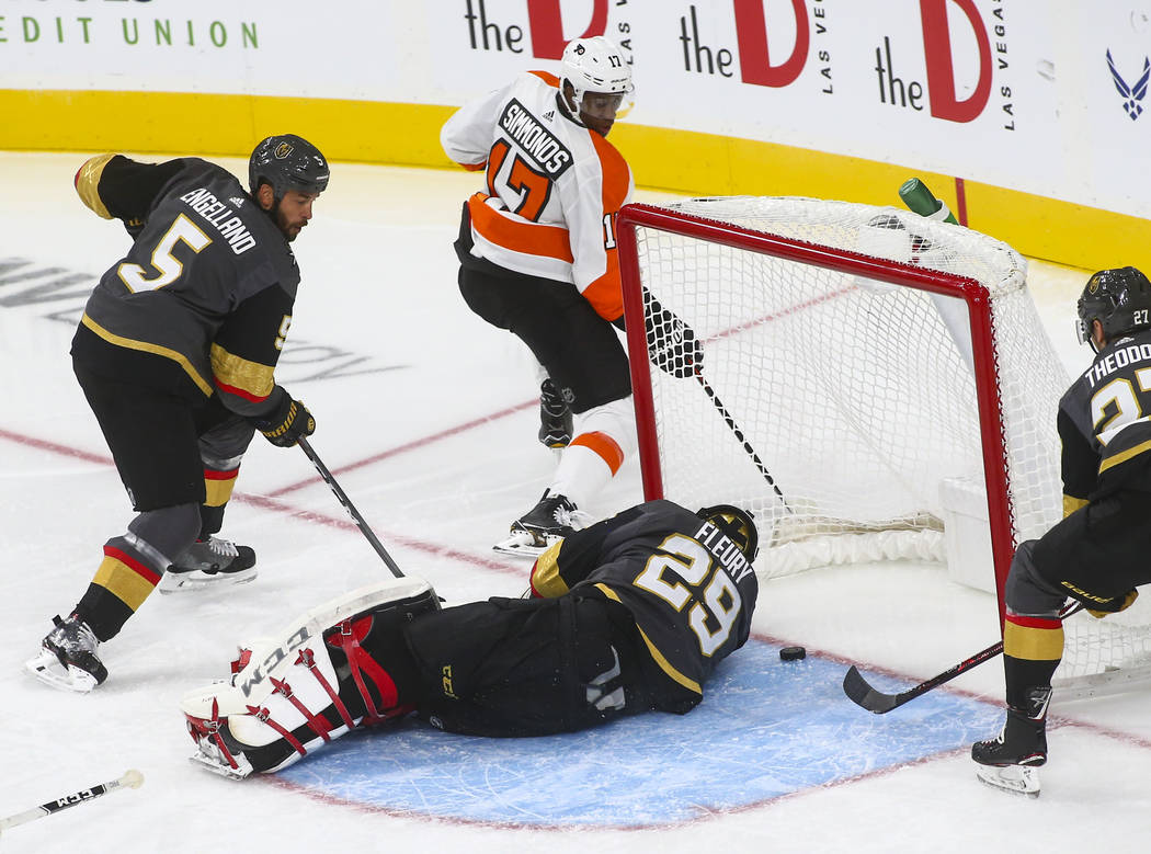 Philadelphia Flyers right wing Wayne Simmonds (17) scores past Golden Knights goaltender Marc-Andre Fleury (29) during the second period of a season-opening game at T-Mobile Arena in Las Vegas on ...