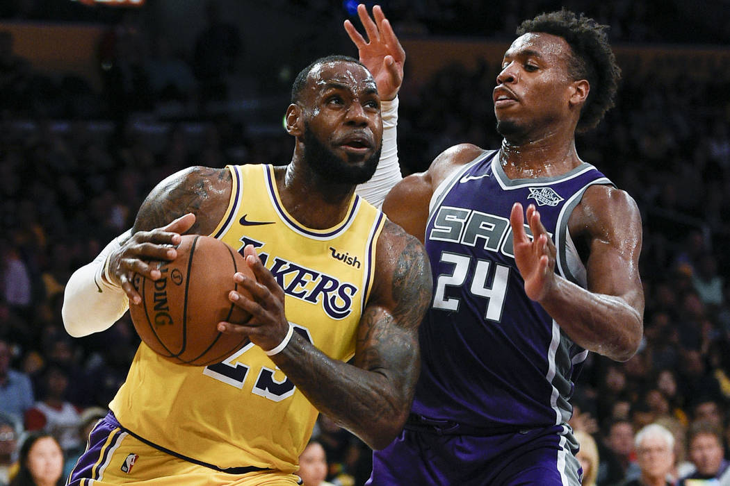 a67ec98de07 LeBron James brings Lakers to Las Vegas to play Warriors