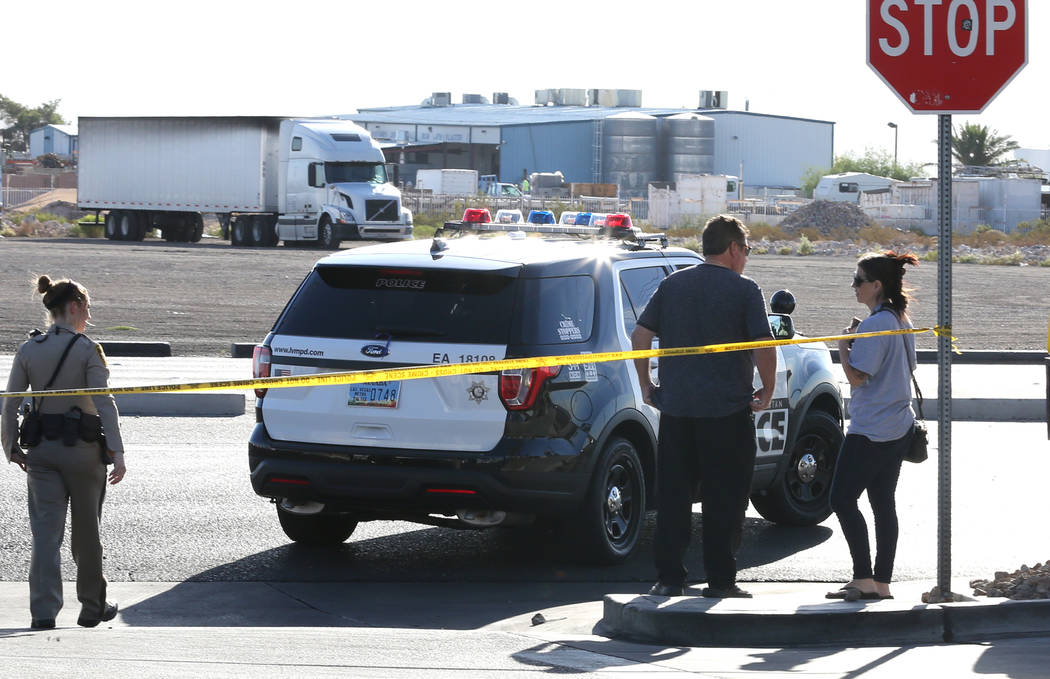 Las Vegas police are investigating an officer-involved shooting near South Rainbow Boulevard and Gary Avenue, near Blue Diamond Road, on Wednesday, Oct. 10, 2018, in Las Vegas. (Bizuayehu Tesfaye/ ...