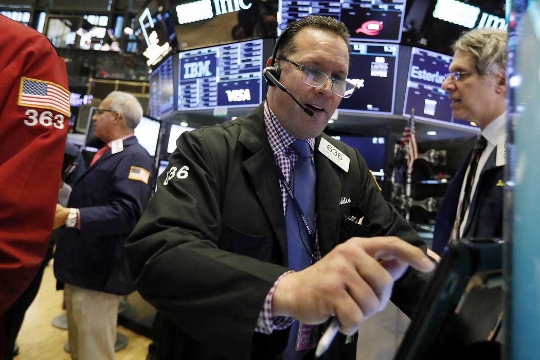 US stock market falls for 2nd straight day