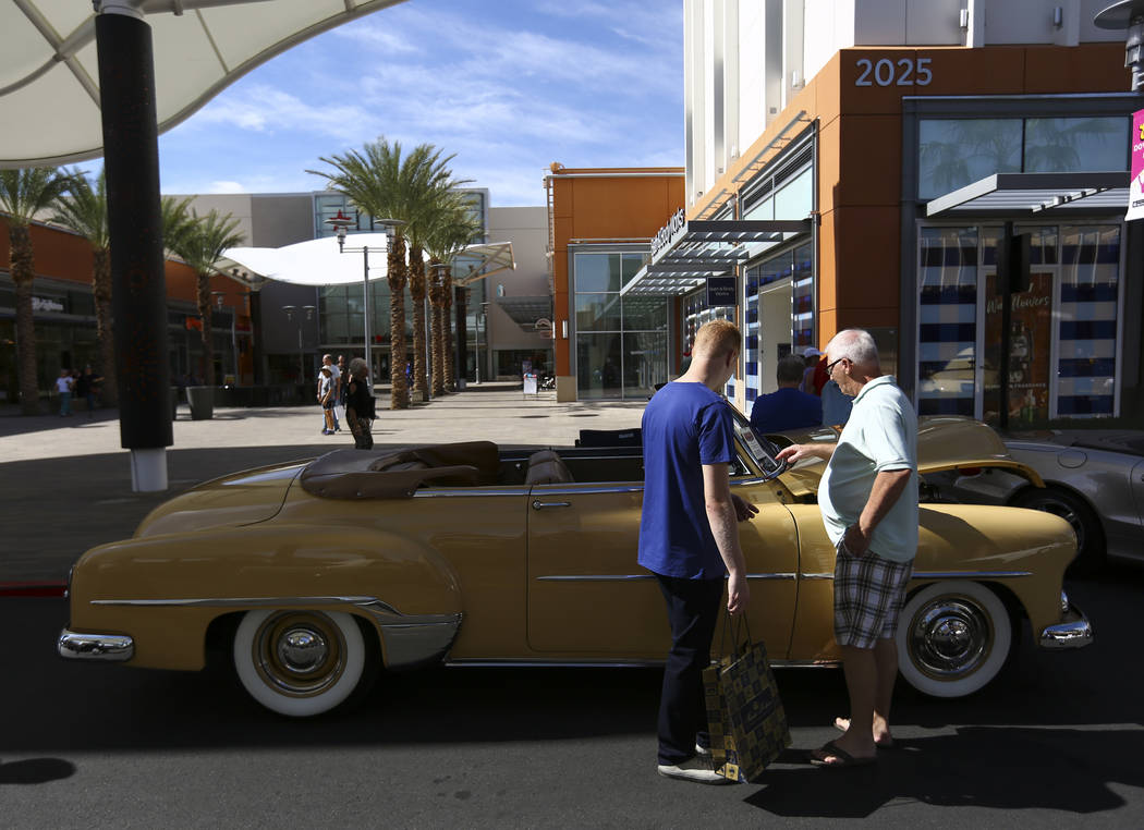 Attendees take a look at a 1952 Chevrolet Styleline Deluxe during the 23rd annual Summerlin Festival of Arts at Downtown Summerlin in Las Vegas on Saturday, Oct. 13, 2018. Chase Stevens Las Vegas ...