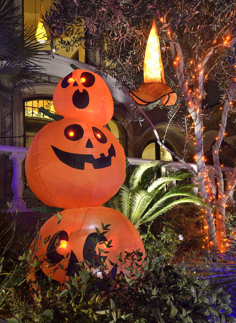 Lauren Browne Sugars and her family go all out when decorating for Halloween. (Bill Hughes Real Estate Millions)