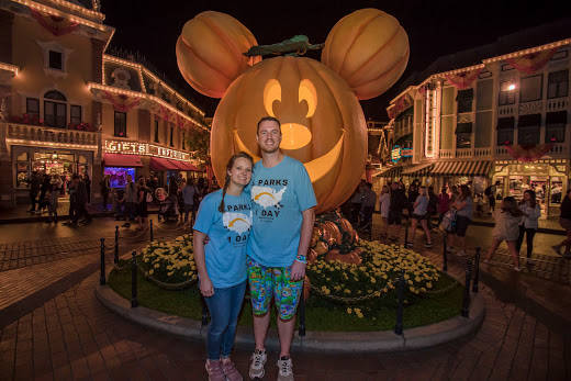 (l-r) Clark and Heather Ensminger of Kingsport, Tennessee, take a selfie before riding Incredicoaster at Pixar Pier at Disney California Adventure Park in Anaheim, Calif., Oct. 17, 2018. (Joshua S ...