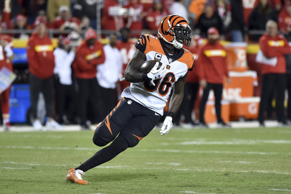 Cincinnati Bengals safety Shawn Williams (36) carries the ball after intercepting a throw by Kansas City Chiefs quarterback Patrick Mahomes during the second half of an NFL football game in Kansas ...