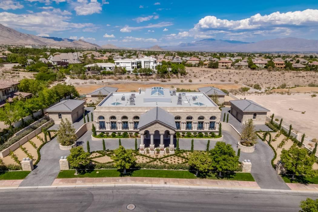 Floyd Mayweather Buys $10M Mansion In Western Las Vegas U2014 PHOTOS