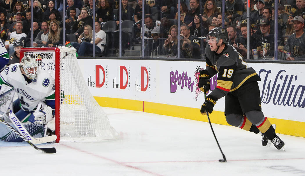 Golden Knights right wing Reilly Smith (19) looks to pass during the third period of an NHL hockey game at T-Mobile Arena in Las Vegas, Wednesday, Oct. 24, 2018. Caroline Brehman/Las Vegas Review- ...