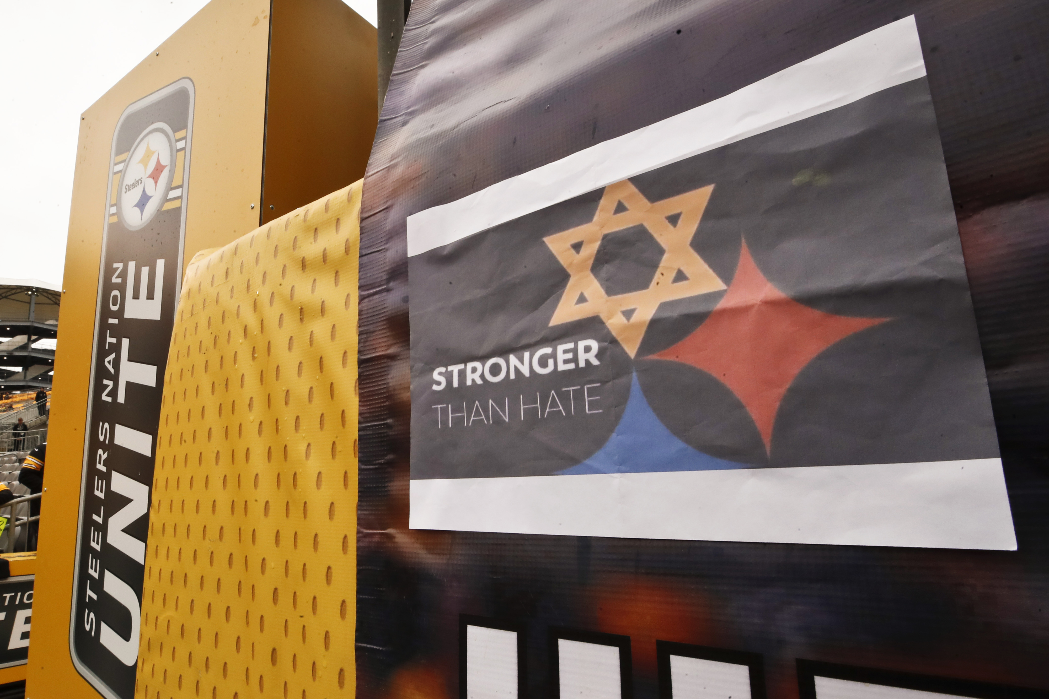 c8e2c0d30 Design based on Steelers logo honors synagogue shooting victims | Las Vegas  Review-Journal