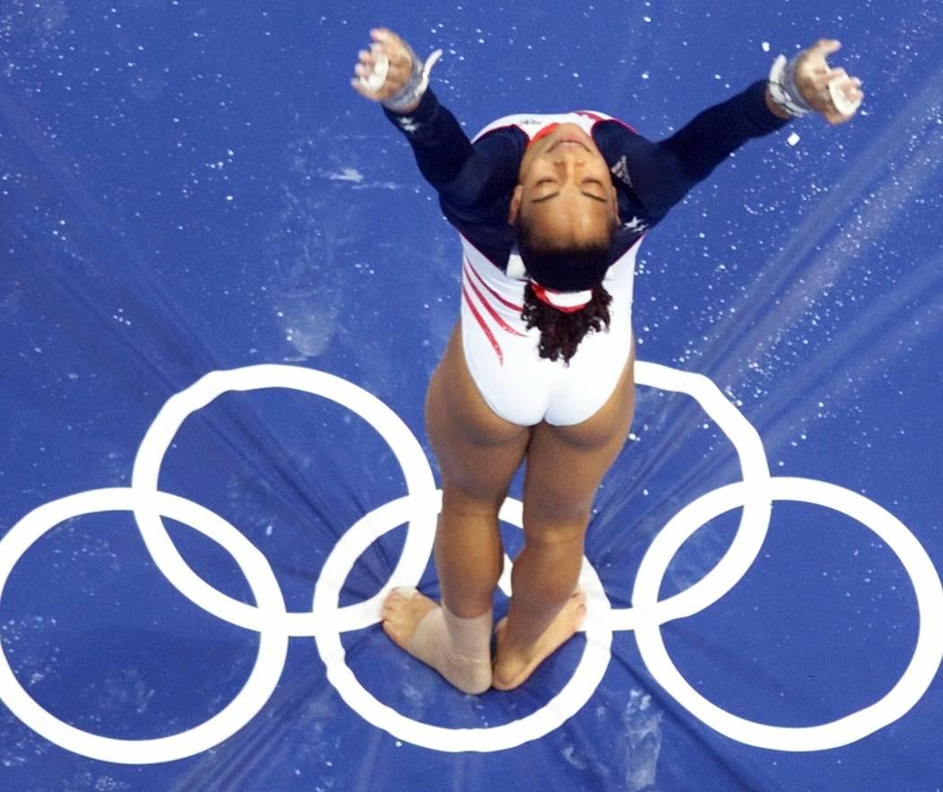 olympic gymnasts tasha schwikert - HD1050×882