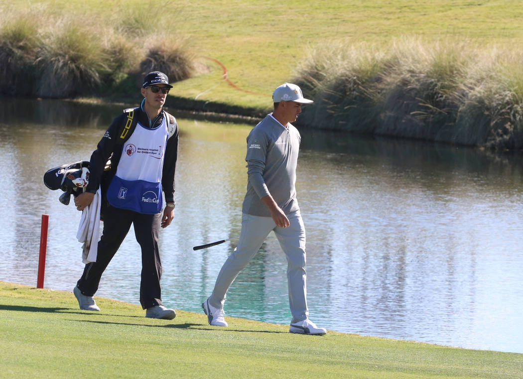 Rickie Fowler approaches the 18th green during the Shriners Hospitals for Children Open golf tournament at TPC Summerlin on Wednesday, Oct. 31, 2018, in Las Vegas. Bizuayehu Tesfaye/Las Vegas Revi ...
