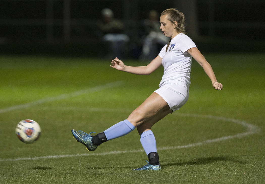 Foothill sophomore Aqui Williams (13) scores the game winning kick in the second half to beat Green Valley High School 4-3 on Wednesday, October 31, 2018, at Bettye Wilson Park, in Las Vegas. Benj ...