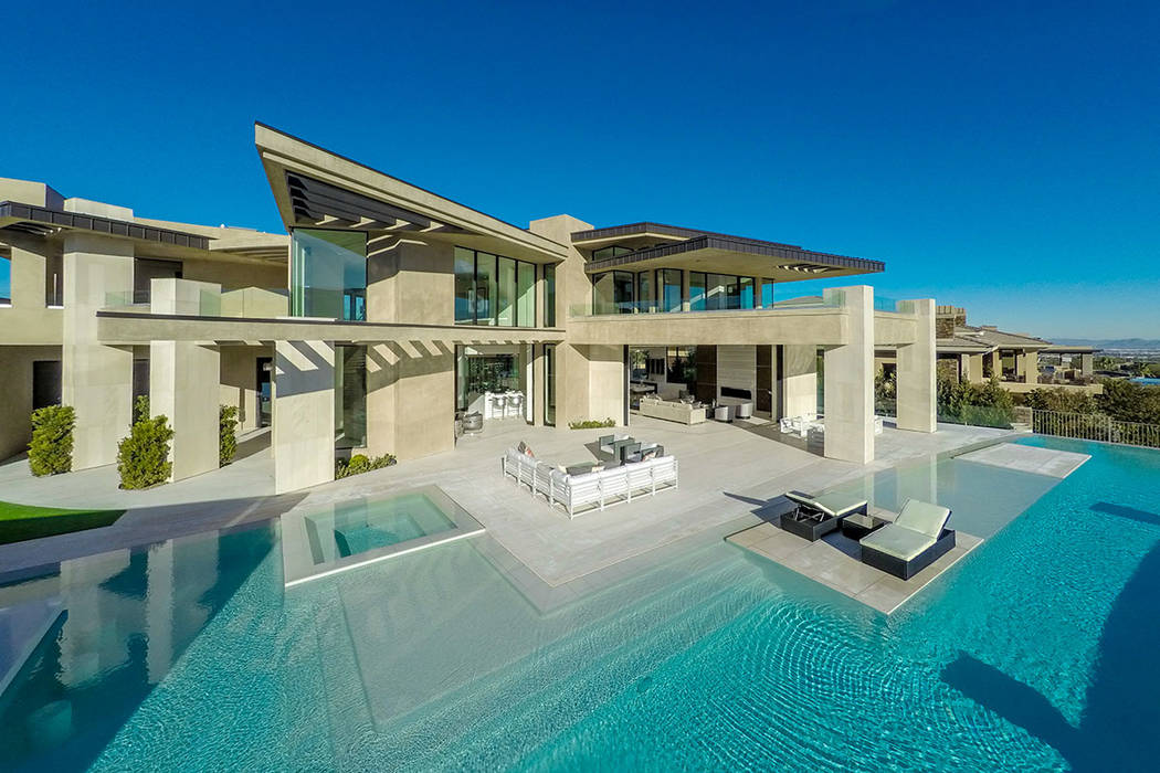 No. 3 45 Painted Feather in The Ridges in Summerlin sold for $8.9M. (Luxurious Real Estate)