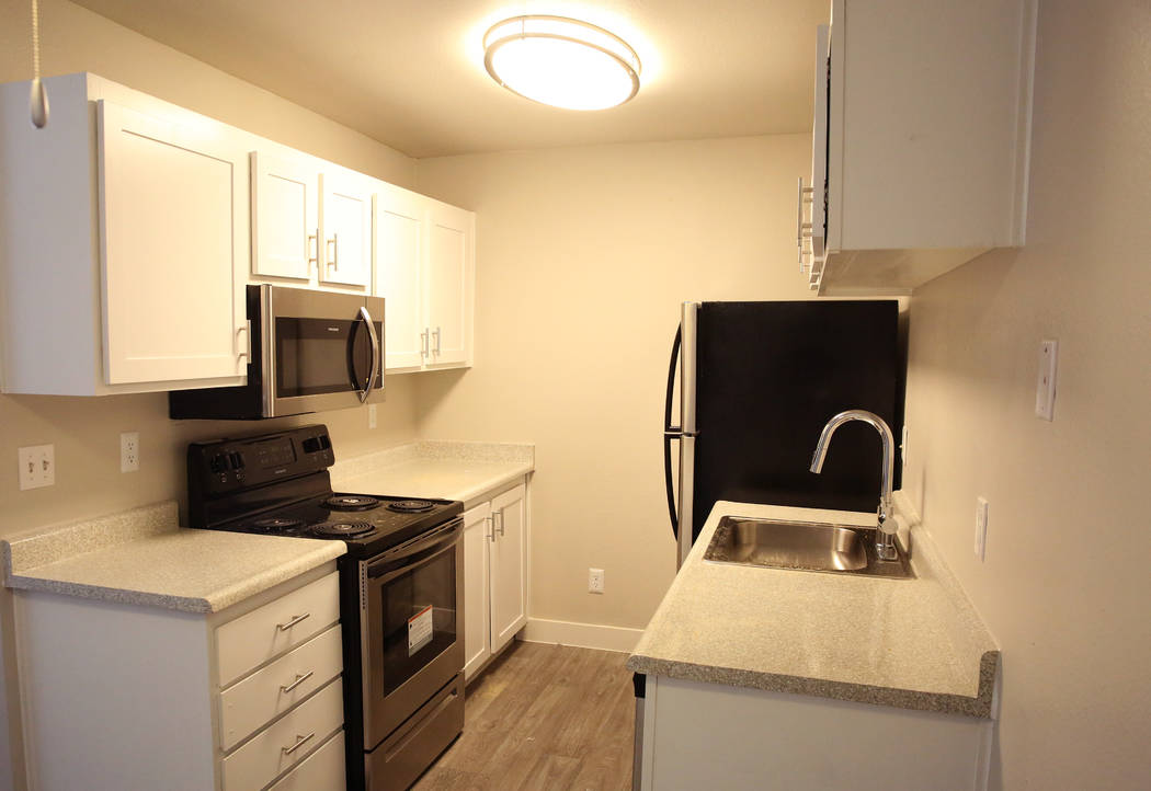 A newly renovated kitchen inside a one bedroom apartment at Cornerstone Crossing apartments on 6666 W. Washington Ave., photographed on Friday, Oct. 19, 2018, in Las Vegas. Bizuayehu Tesfaye/Las V ...