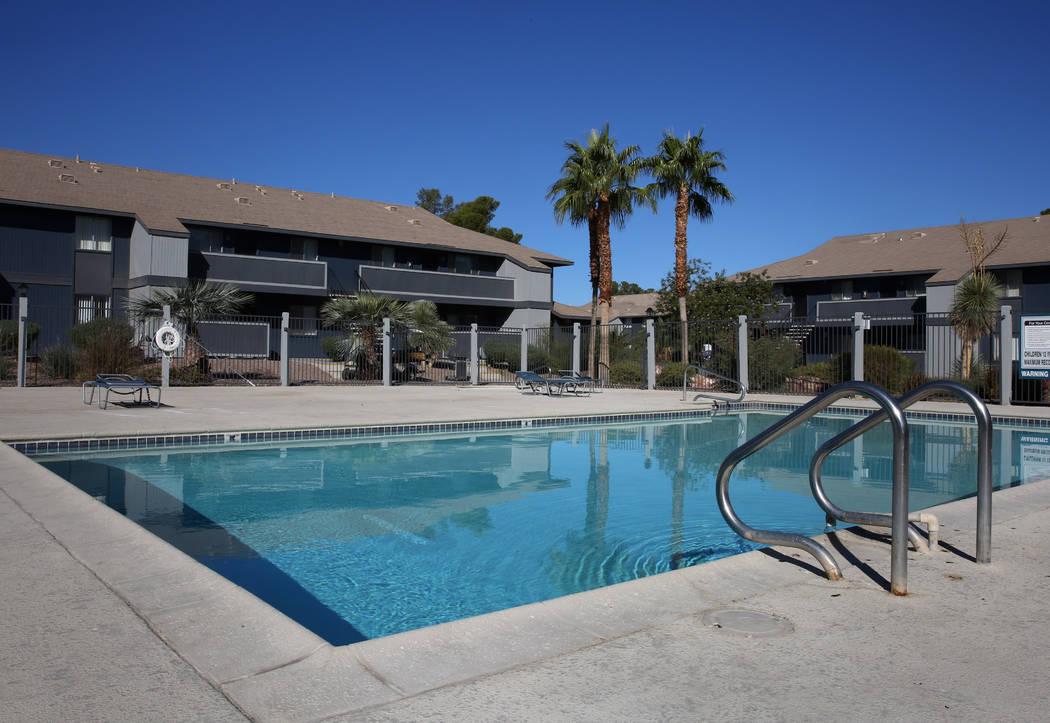 Swimming pool area at Cornerstone Crossing apartments on 6666 W. Washington Ave., photographed on Friday, Oct. 19, 2018, in Las Vegas. Bizuayehu Tesfaye/Las Vegas Review-Journal @bizutesfaye