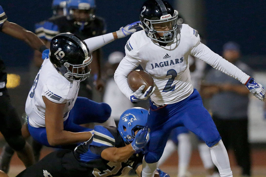 Desert Pines' Tye Moore (2) carries a ball during the first half of a football game at Sierra Vista High School in Las Vegas, Friday, Sept. 14, 2018. Chitose Suzuki Las Vegas Review-Journal @chito ...
