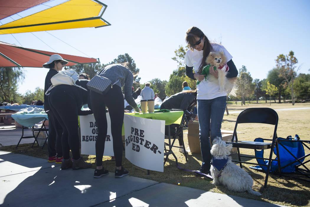Attendees pre-register at the Las Vegas National Eating Disorder Association walk at Sunset Park in Las Vegas, Sunday, Nov. 11, 2018. Caroline Brehman/Las Vegas Review-Journal