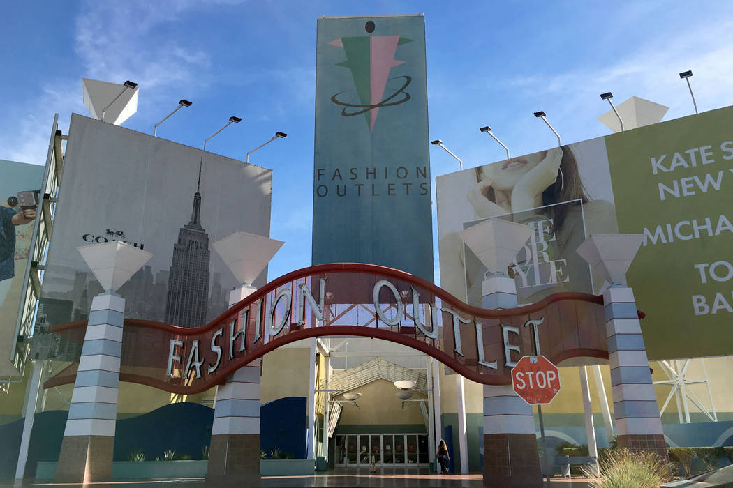 Fashion Outlets of Las Vegas in Primm, Nev., Saturday, Nov. 3, 2018. Chitose Suzuki Las Vegas Review-Journal @chitosephoto